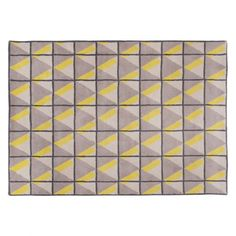 The Dolomite large yellow and grey patterned wool rug has a striking geometric design that gives it a 3D effect.[br]Made from 100% wool, this luxurious rug is soft underfoot and designed by and exclusive to Habitat.