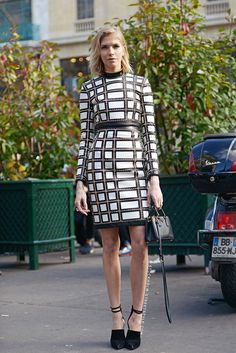 Elena Perminova Street Chic, Street Style, Matching Top And Skirt, Hair Due, She's A Lady, Solange Knowles, Casual Chic, Personal Style, Dress Up