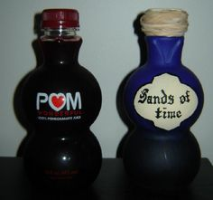 Love the shape of those Pom Wonderful bottle, recycle it. Turn it into a potion bottle. Acrylic paints and plastic bottles are made for each other. Halloween Potion Bottles, Halloween Apothecary, Apothecary Jars, Witch Bottles, Holidays Halloween, Fall Halloween, Happy Halloween, Halloween Party, Halloween Forum