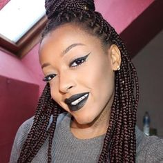 These black lips that are to die for. | 18 Photos That Will Make Lipstick Lovers Weep With Joy