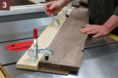 Woodworking Jigs Table saw straight edge jig. Table saw jig to put a straight edge on a rough cut non-straight edged board. Woodworking Jigsaw, Learn Woodworking, Woodworking Techniques, Woodworking Crafts, Woodworking Furniture, Youtube Woodworking, Woodworking Quotes, Rockler Woodworking, Woodworking Videos