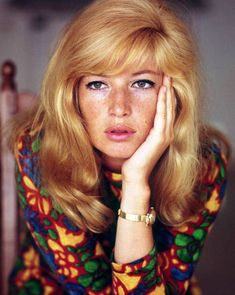 Swingin': limegum: Actress Monica Vitti, (x) Michelangelo Antonioni, Classic Beauty, Timeless Beauty, Actor Studio, Italian Actress, Italian Beauty, Catherine Deneuve, Vintage Beauty, Old Hollywood