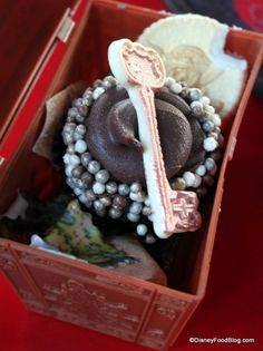 Jack Sparrow Cupcake Treasure chest cupcake at Hollywood Studios