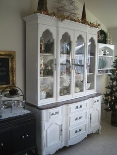 Idea for refinishing the china hutch.  A Comfy Little Place of My Own: At last, Big Frenchy!
