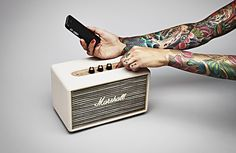 Marshall Acton: Compact active speaker w/ Bluetooth