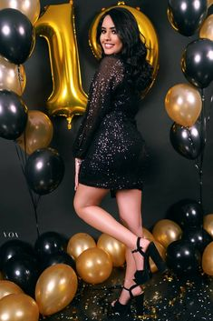 27th Birthday, Birthday Posts, Girl Birthday, Cute Birthday Pictures, Birthday Images, Birthday Photography, Girl Photography Poses, Diamonds And Denim Party, Velvet Dress Designs