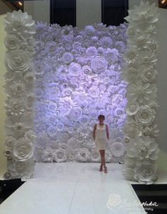 Flower paper wall backdrop for wedding
