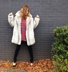 Heathered CHUBBY faux fur coat. Rock and by AlexAndAftonVintedge