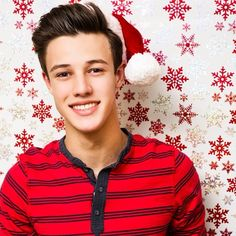 The best present for Christmas would be to meet Cameron Dallas Nash Grier Hayes Grier Matthew Espinosa Shawn Mendes!!! My only wish