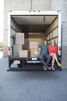 Zee Wendell Photography, Lifestyle, Social Storage Couple in Moving Truck