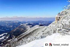 Pohľady ktoré neomrzia  #praveslovenske od @forest_mishel  #slovensko #slovakia #landscape #mountains #inversion #hills #sky #snow #winter #forest #rocks #trees