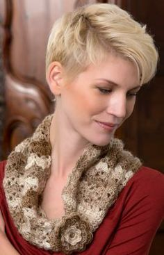 Flowered Cowl Free Crochet Pattern from Red Heart Yarns