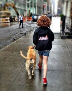 Taylor Richardson takes Sunny for a pre-show walk.  @Nina Gonzalez Gonzalez McFerrin please note.