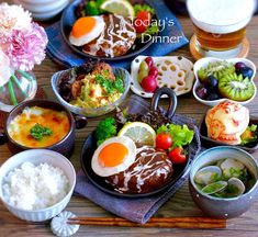 * こんばんはー( ´ ▽ ` )ノ * #晩ごはん ❇︎レンコン煮物とか ❇︎カボチャとジャガイモの適当サラダ ❇︎チキングラタン ❇︎ハンバーグ ❇︎あさりときのこのスープ ❇︎ポット夫人&キウイ&ぶどう * 美女と野獣の実写版がなんだか盛り上がってるようなのでポット夫人にしてみました 日本はいよいよ春本番みたいですね 大好きな季節テレビで堪能させてもらってます 今日もお疲れ様でした✨ * * * #ごはん #夜ご飯 #おうちごはん #夕飯 #夜ごはん #りんごアート #appleart #美女と野獣 #beautyandthebeast #献立 #料理 #暮らし #クッキングラム #food #foodpic #foodstagram #foodie #instafood #instapic #instagood #lin_stagrammer #delimia #kurashiru #cooking #igersjp #onthetable