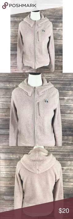 American Eagle Womens Fleece Jacket Hoodie Size Lg American Eagle Womens Fleece Jacket Hoodie Size Large Light Pink Soft Zip Up. Measurements: (in inches) Underarm to underarm: 21 Length: 22  Good, gently used condition American Eagle Outfitters Jackets & Coats