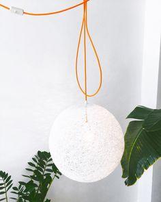 Un favorito personal de mi tienda Etsy https://www.etsy.com/es/listing/232005271/sphere-lampara-esfera-blanca-lampara-de