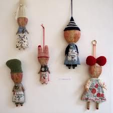 workshop with julia arkell, I´m a huge fan of her simplicity and charming dolls with a message