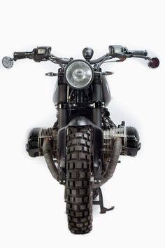 BMW Urban Scrambler by Caiman Urban n Dirt Tracker Motorcycle, Motorcycle Tires, Scrambler Motorcycle, Cool Motorcycles, Norton Cafe Racer, Bmw Cafe Racer, Cafe Racer Build, Cafe Moto, Cafe Racers