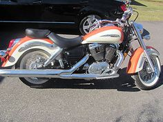 1998 Honda Shadow with only 300 miles! Creamsicle!