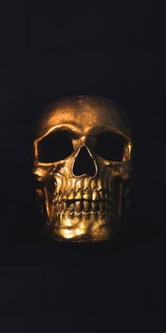 Golden skull, minimal, wallpaper skull в 2019 г. arte com caveira Skull Wallpaper Iphone, Dark Wallpaper, Wallpaper Wallpapers, Screen Wallpaper, Mobile Wallpaper, Skull Artwork, Skull Painting, Gold Skull, Black Skulls