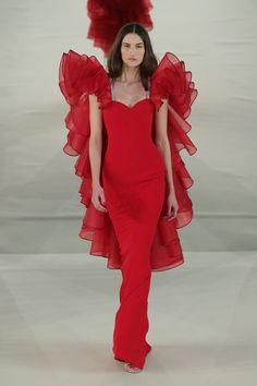 Alexis Mabille investe no tule colorido para os vestidos couture de verão 2017 - Vogue   Desfiles