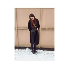 Winterboots-Woche bei ELLE! Redakteurin @antoniaconstanze135 zeigt ihre Lieblingsboots! Mehr dazu auf InstaStories! #ootdellegermany #outfit #winterboots #instastories  via ELLE GERMANY MAGAZINE OFFICIAL INSTAGRAM - Fashion Campaigns  Haute Couture  Advertising  Editorial Photography  Magazine Cover Designs  Supermodels  Runway Models