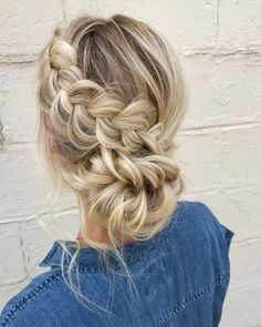 hair with extensions hair pin hair veils wedding hair updos hair for shoulder length wedding hair styles wedding hair hair and make up near me Bridal Hairstyles With Braids, Cool Braid Hairstyles, Braided Hairstyles For Wedding, Bride Hairstyles, Wedding Hairdos, Hairstyles 2018, Hairstyle Ideas, Hair Down Hairstyles, Winter Wedding Hairstyles