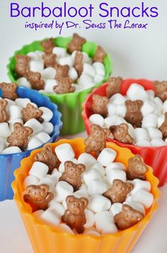 Barbaloot Snacks Dr Seuss LORAX inspired - HOW CUTE! I LOVE this idea for Dr Seuss Day Read Across America snack. So fun and incredibly simple recipe to make. Dr. Seuss, Dr Seuss Lorax, Dr Seuss Week, Dr Seuss Snacks, Dr Seuss Activities, Sequencing Activities, Summer Activities, Book Activities, Toddler Activities