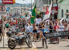 Ato contra a Reforma da Previdência foi um sucesso http://www.passosmgonline.com/index.php/2014-01-22-23-07-47/geral/10182-ato-contra-a-reforma-da-previdencia-foi-um-sucesso