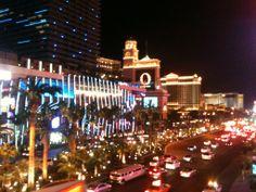 #cityoflights #LV #lasvegas #vegas #party #fun #exciting #shinny #bright #electric