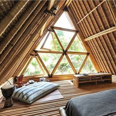 Ganze Unterkunft in Selat, Indonesien. Hideout is a unique eco stay for adventurous travelers, hidden in mountains of Gunung Agung volcano. All-bamboo house is situated at beautiful river side among r A Frame Cabin, A Frame House, Bamboo Architecture, Architecture Design, Bungalows, Bamboo House Design, Renting A House, Design Case, Tiny House