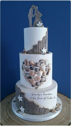 A fresh new look for beach wedding cakes. A fresh new look for beach wedding cakes. Beautiful Wedding Cakes, Beautiful Cakes, Amazing Cakes, Perfect Wedding, Beach Wedding Cupcakes, Beach Themed Wedding Cakes, Starfish Wedding Cake, Beach Wedding Cake Toppers, Seaside Wedding