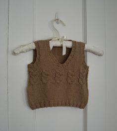 a caffeinated yarn: Owl Baby Vest