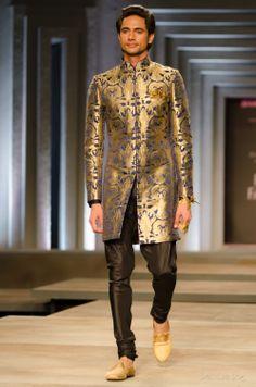 the men's looks from Shantanu and Nikhil India Bridal Fashion Week 2013