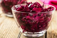 Salads and pickles are among the foods indispensable in addition to the meals. Dinner without salad or pickles next to the very Yavan, Vitamin B12, Kfc, Purple Cabbage, Medicinal Plants, Gut Health, Punch Bowls, Pickles, Raspberry, Salads