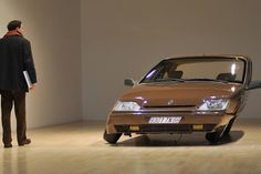"""Renault 25-1991""Erwin Wurm (2008)"