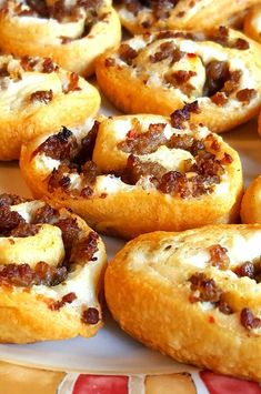 "Sausage and Cream Cheese Pinwheels | ""I have made these and they were a hit!"" #footballrecipes #gamedayrecipes #tailgatingrecipes #superbowlrecipes #superbowlparty #superbowlpartyideas Yummy Appetizers, Appetizer Recipes, Breakfast Appetizers, Appetizer Ideas, Breakfast Buffet, Breakfast Recipes, Breakfast Ideas, Cream Cheese Pinwheels, Good Food"
