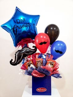 Valentine Gift Baskets, Valentine Gifts, Gift Baskets For Him, Gifts For Hubby, Gift Wraping, Balloon Gift, Father's Day Diy, Balloon Bouquet, Man Birthday