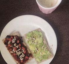 Healthy food #wasa #avocado #appelstroop