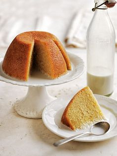 Orange and Almond Steamed Pudding (Donna Hay) Steamed Pudding Recipe, Steamed Cake, Pudding Recipes, Almond Recipes, Baking Recipes, Cake Recipes, Dessert Recipes, Just Desserts, Delicious Desserts
