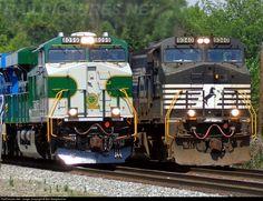 RailPictures.Net Photo: NS 8099 Norfolk Southern GE ES44AC at Salisbury, North Carolina by Ben Margherone