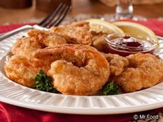 Perfect Fried Shrimp PERFECT FRIED SHRIMP: From Mr.Com ~ Most every Southern coastal town has loads of fresh shrimp available, and with frying being a favorite regional preparation, our Perfect Fried Shrimp recipe proves that the two go hand in hand! Deep Fried Shrimp, Fried Shrimp Recipes, Shrimp Dishes, Fried Fish, Fish Recipes, Seafood Recipes, Cooking Recipes, Cooking Time, Fried Shrimp Batter