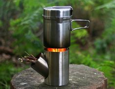 Kombuis a portable and efficient rocket stove / cooking set. A compact outdoor cooking set that you can use everywhere you travel Camping Cooking Set, Outdoor Cooking Stove, Best Camping Stove, Camping Gear, Camping Equipment, Outdoor Stove, Cooking Games, Hiking Gear, Family Camping
