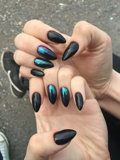 """If you're unfamiliar with nail trends and you hear the words """"coffin nails,"""" what comes to mind? It's not nails with coffins drawn on them. Although, that would be a cute look for Halloween. It's long nails with a square tip, and the look has. Nail Art Designs, Black Nail Designs, Sparkle Nails, Fun Nails, Easy Nails, Gradient Nails, Holographic Nails, Simple Nails, Matte Nails"""