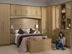 Built ins are great for more storage bedroom pinterest for Bedroom farnichar dizain