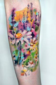 Bartt Tattoo: pinceladas abstratas dão vida a belas tatuagens contemporâneas que são puro estilo http://followthecolours.com.br/tattoo-friday/bartt-tattoo/