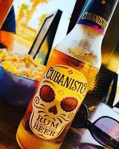 Cerveza con ron. #cubanisto  Muy buena! #fb #tw Rum Beer, Corona Beer, Beer Bottle, Vodka Bottle, Officiel, Shops, Drinks, Instagram, Root Beer