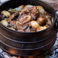 Ina Paarman | Shin and Oxtail Beef Potjie
