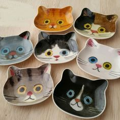 """Newest Pics Ceramics Bowls cat Strategies So that you can paraphrase """"the pan . Newest Pics Ceramics Bowls cat Strategies So that you can paraphrase """"the pan is a tank is usuall Ceramic Clay, Ceramic Bowls, Ceramic Pottery, Earthenware Clay, Stoneware, Pottery Painting, Ceramic Painting, Cat Lover Gifts, Cat Gifts"""