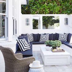 Outdoor Sofa, Custom Outdoor Cushions, Outdoor Seating Areas, Outdoor Garden Furniture, Indoor Outdoor Living, Outdoor Rooms, Outdoor Decor, Small Outdoor Spaces, Design Exterior